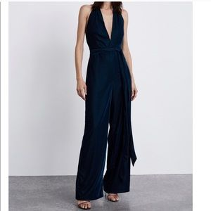 Dark blue velvet jumpsuit - Zara